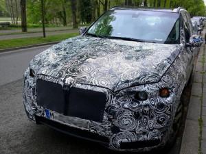 В сети появились шпионские снимки BMW X7