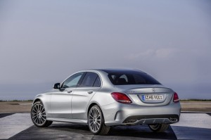 Гибрид Mercedes-Benz C-Class получит имя C350 Plug-In Hybrid