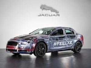Jaguar представил тизер нового компактного седана