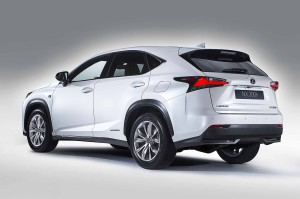В Европе стартовал прием заказов на Lexus NX 300h