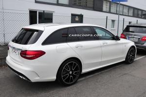 Фотошпионы «словили» новый Mercedes-Benz C450 AMG Sport
