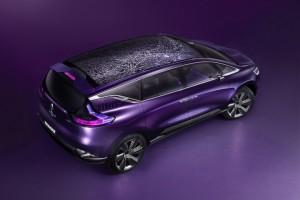 В Париже дебютирует первый премиальный автомобиль Renault