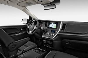 Представлена «освеженная» Toyota Sienna 2015 модельного года