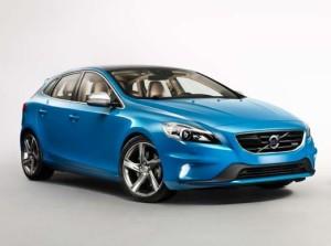 Volvo планирует «зарядить» V40