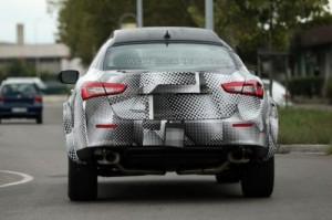 Maserati приступила к испытаниям кроссовера Levante