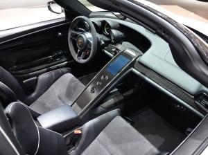 В России Porsche 918 Spyder будет стоить 47 млн рублей