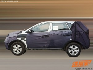 kia-compact-crossover-2015-2