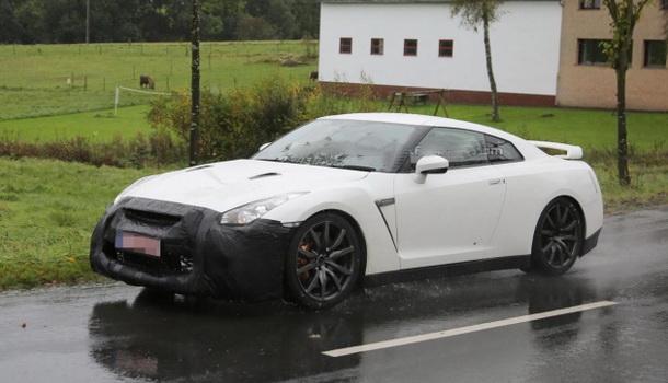 Обновленный Nissan GT-R появится в следующем году