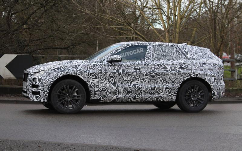 jaguar-f-pace-spy-photo-3