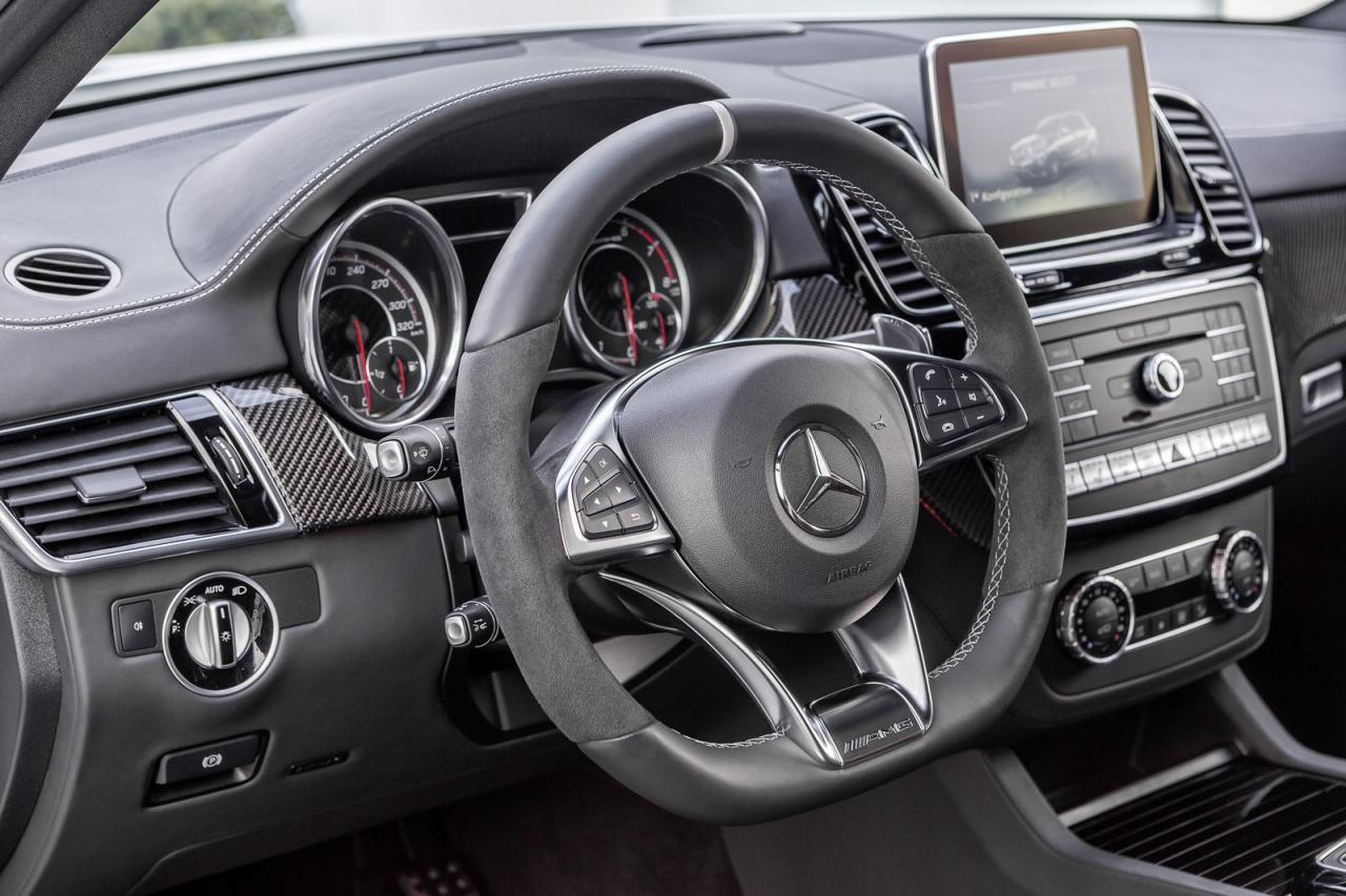 Mercedes-Benz GLE 2016 официальное фото