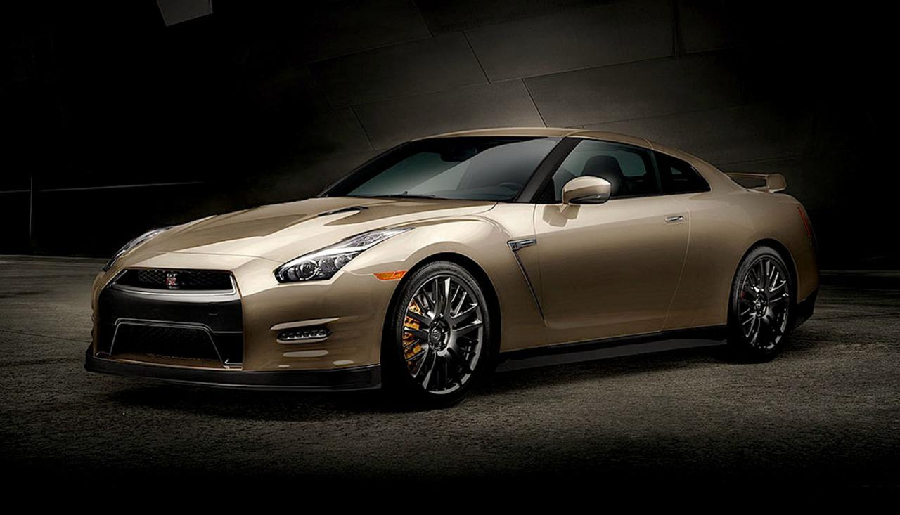 Nissan GT-R 2016 45th Anniversary Gold Edition