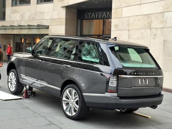 Range Rover супер-роскошная версия шпионское фото