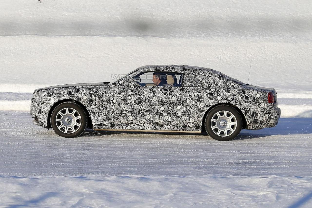 Rolls-Royce Wraith Drophead купе шпионские фотоRolls-Royce Wraith Drophead купе шпионские фото