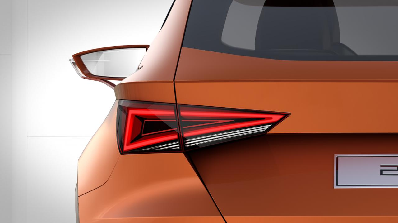 seat-crossover-teaser-2