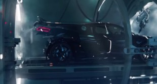 Audi RS3 Sportback birth by R8 V10 promo-video