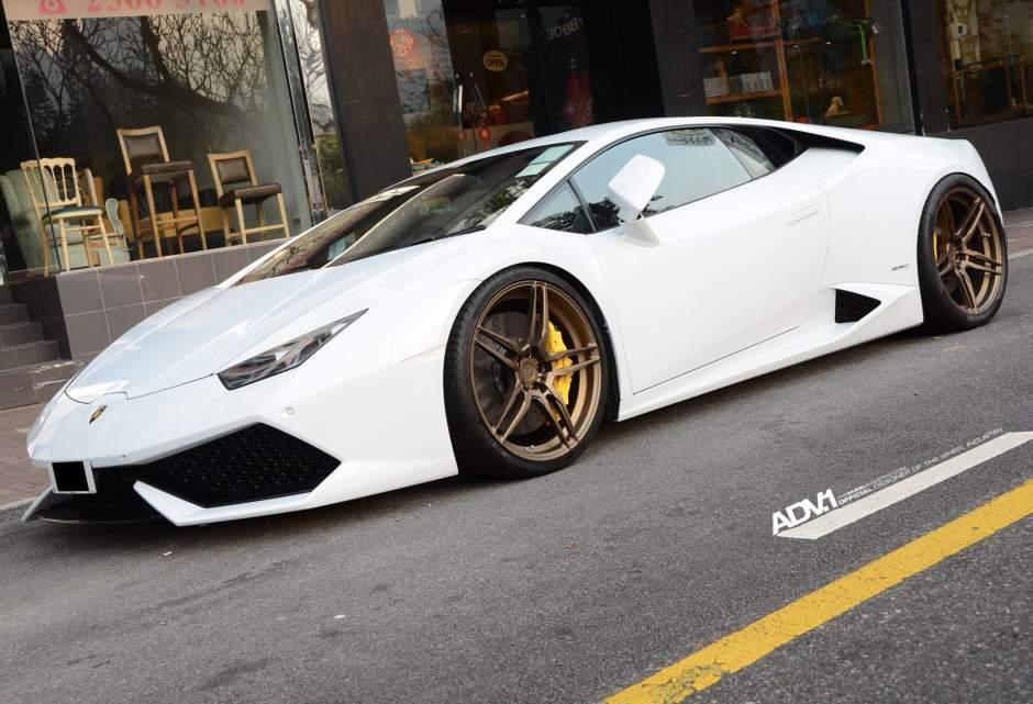 Lamborghini Huracan LP610-4 тюнинг колес - ADV.1 ADV05 M.V1 CS Series