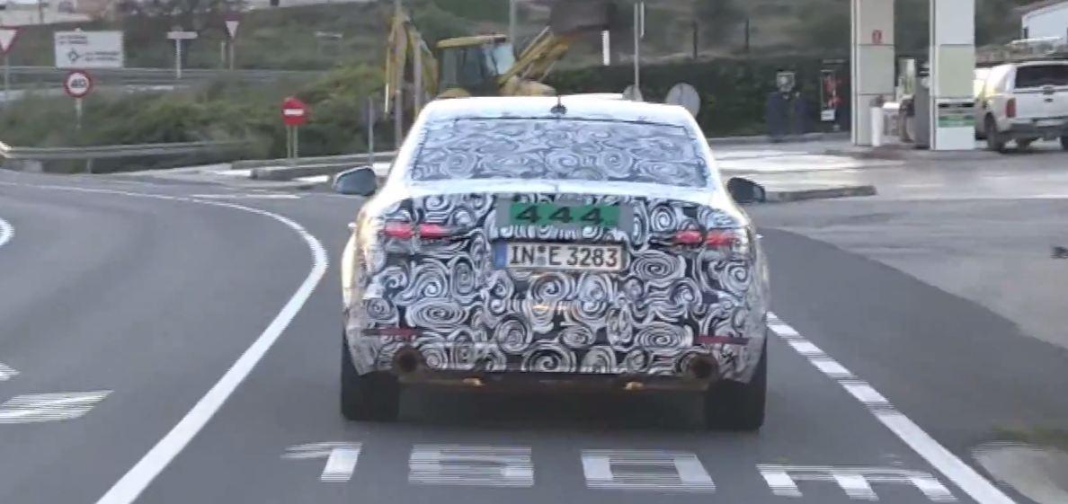 Audi A4 2016 шпионские фото и видео