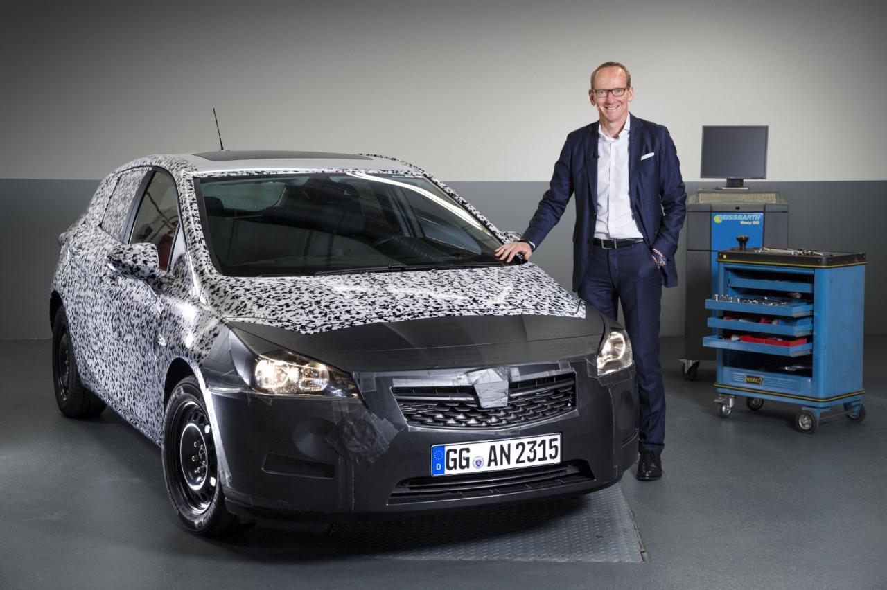 Opel Astra 2016 тестовый прототип