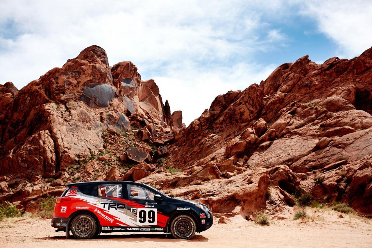 Toyota RAV4 раллийный автомобиль