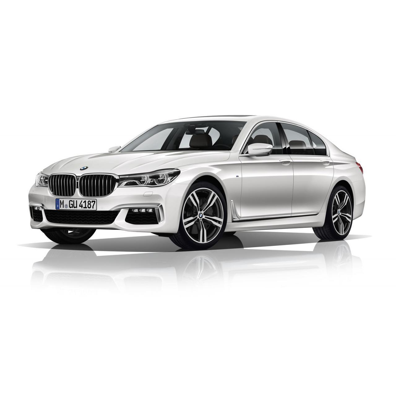 BMW 7-Series 2016 M Sport white/белый front side view/спереди сбоку