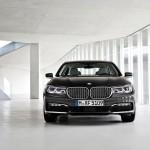 BMW 7-Series 2016 official photo/официальное фото black color front side