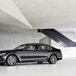 BMW 7-Series 2016 black/черный вид сбоку/side view