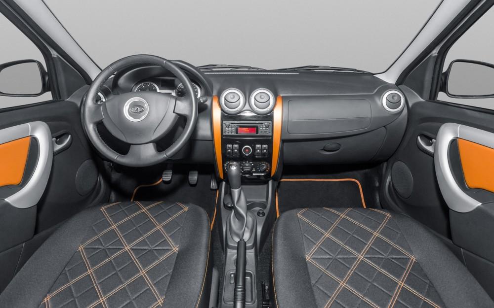 Lada Largus Cross 2015 интерьер