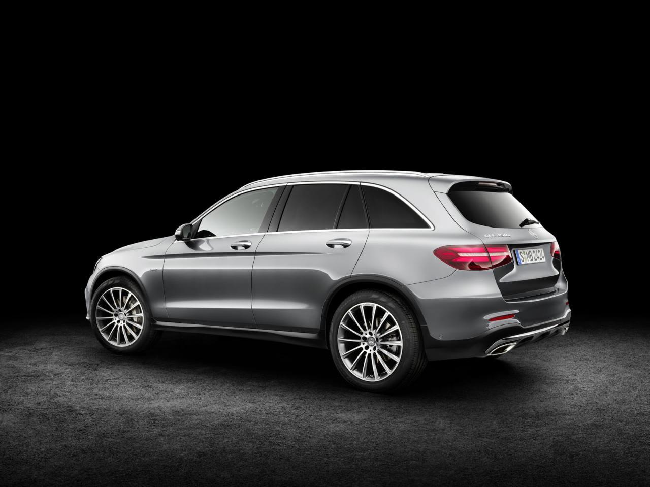Mercedes-Benz GLC 2016 official photo / официальное фото
