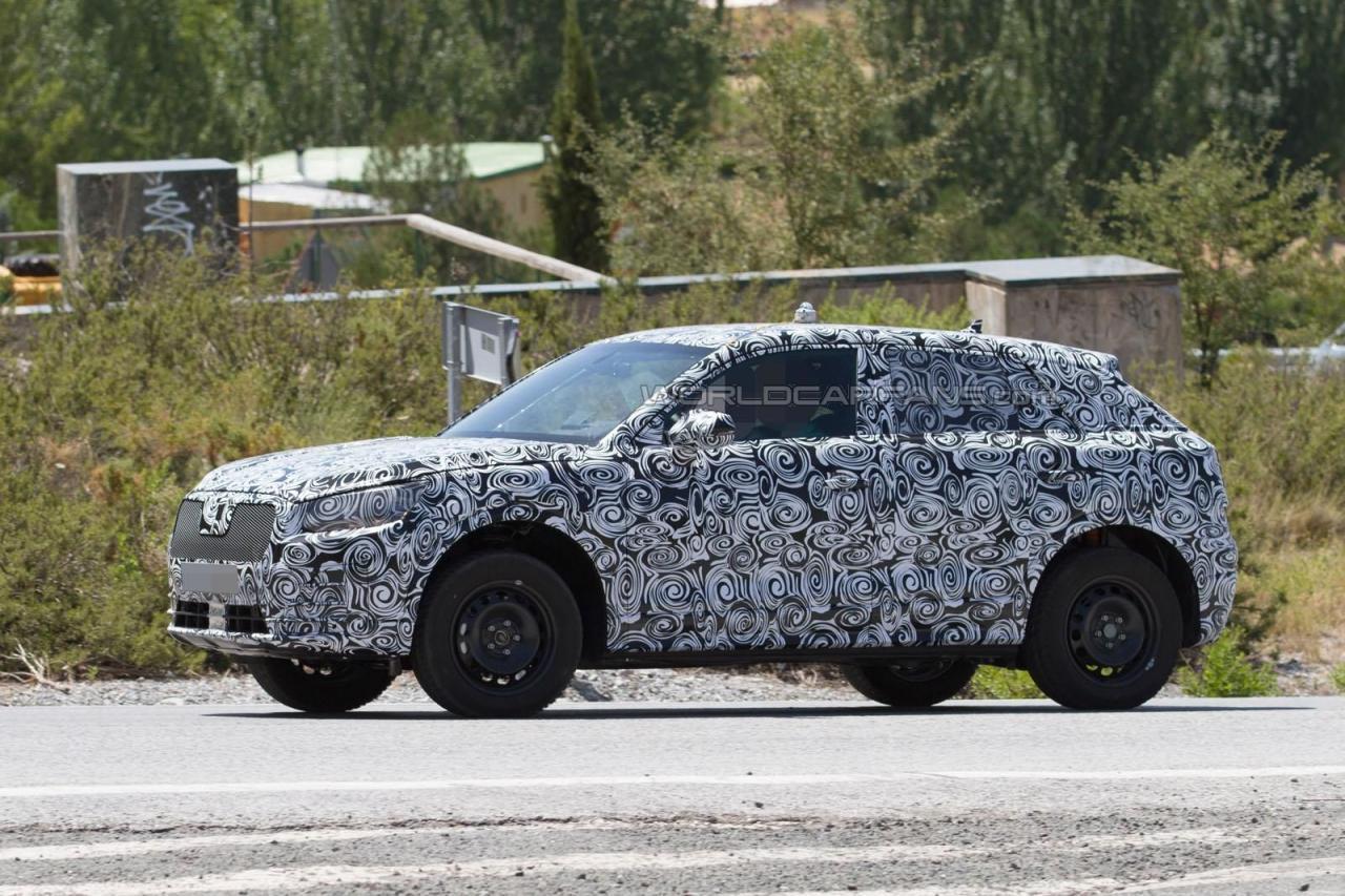 Audi Q1 2017 модельного года шпионское фотоAudi Q1 2017 модельного года шпионское фото