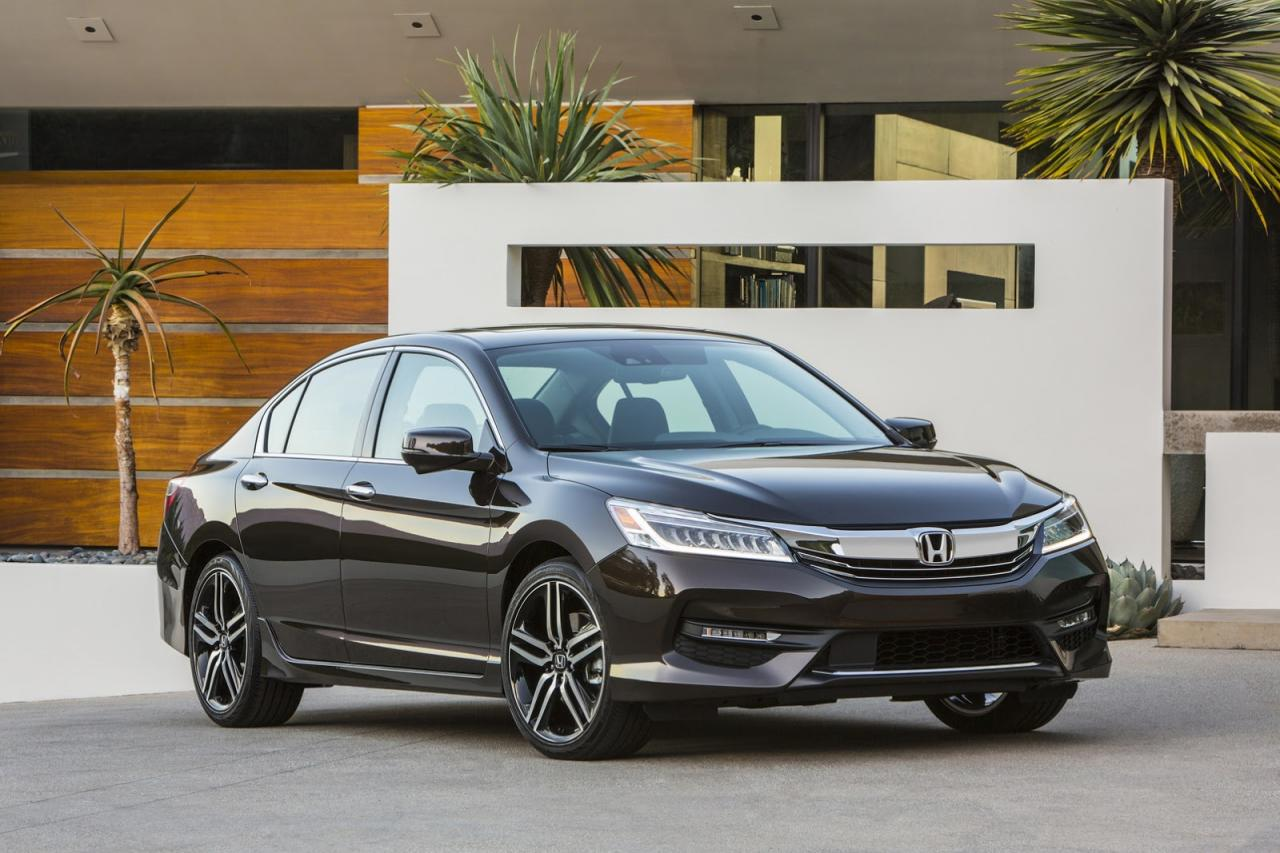 Honda Accord 2016 официальное фото
