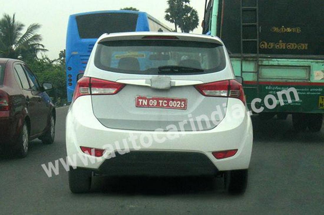 Новый минивэн Hyundai IP (MPV) шпионское фото