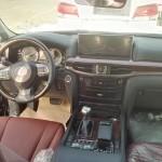 Lexus LX570 2016 шпионское фото интерьера