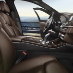 BMW 5-Series 2015 interior front seats + dashboard