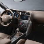 DS 4 Crossback 2016 interior