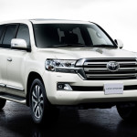 Toyota Land Cruiser 2016 white