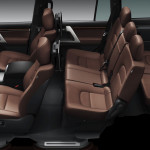 Toyota Land Cruiser 2016 interior - 7 seats