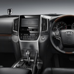 Toyota Land Cruiser 2016 interior - dashboard