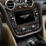 bentley-bentayga-2016-official-photo-11