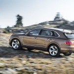 bentley-bentayga-2016-official-photo-26