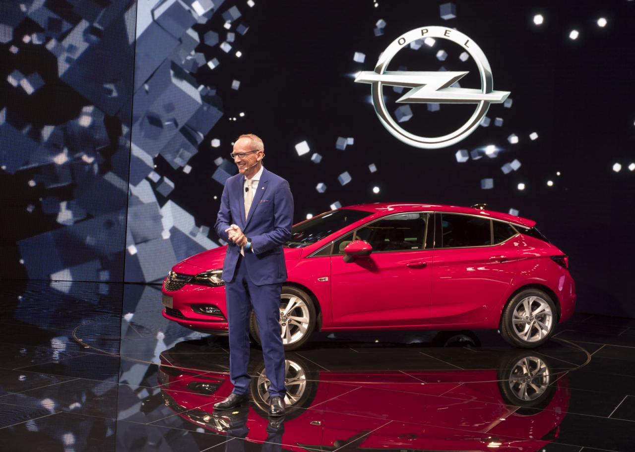 Opel Astra 2016 дебютирует на Франкфуртском автосалоне