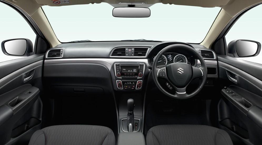 Suzuki Ciaz RS интерьер