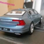 Volvo S90 официальная масштабная модель 1:43