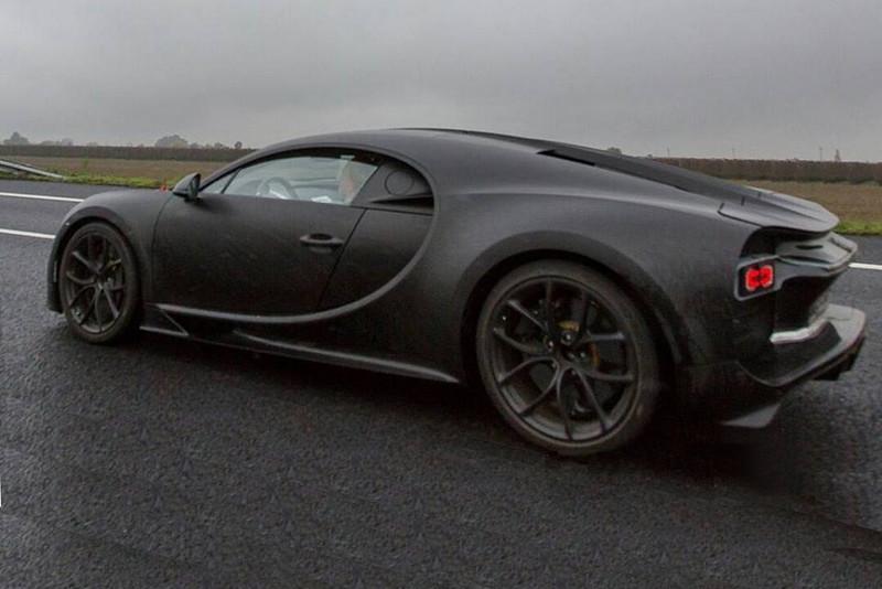 Bugatti Chiron шпионское фото прототипа