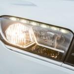 Lada XRAY официальное фото - головная оптика (включена)