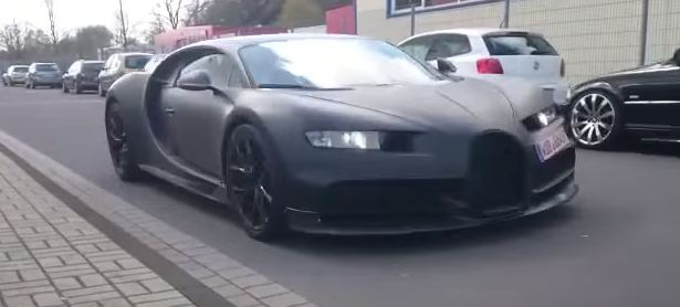 Bugatti Chiron скрин с шпионского видео