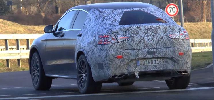 Mercedes-Benz 450 AMG Coupe скрин - шпионское видео