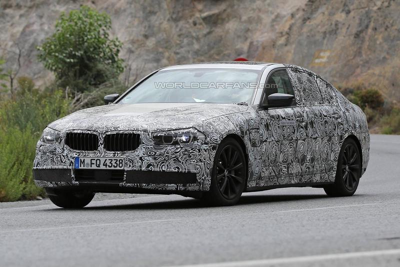 BMW 5 Series 2017 плагин гибрид- шпионское
