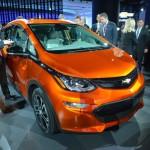 Chevrolet Bolt 2017 электромобиль