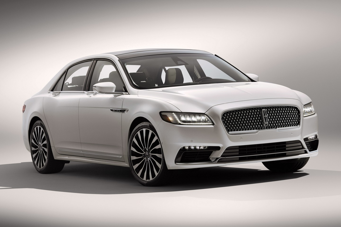 Lincoln Continental 2017 официальное фото