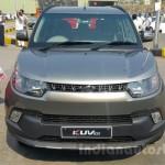 Mahindra KUV100 спереди / front end